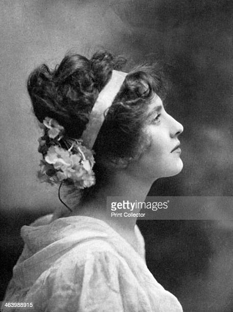 Iris Hoey British actress 19081909 Hoey was a British stage and screen actress She married twice to Cyril Raymond and Max Leeds but divorced on both...