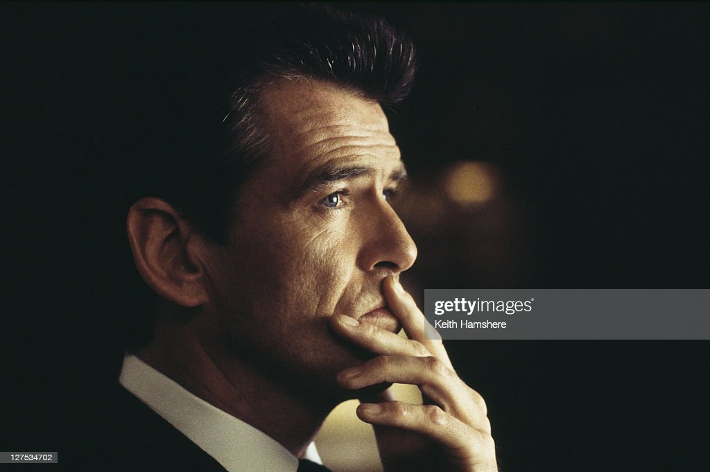 Irish actor Pierce Brosnan as 007 in the James Bond film 'The World Is Not Enough', 1999.