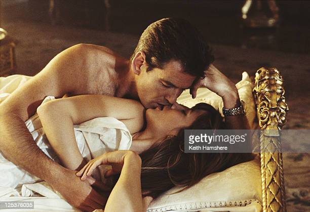 Irish actor Pierce Brosnan stars as 007 opposite French actress Sophie Marceau as Elektra King in the James Bond film 'The World Is Not Enough' 1999