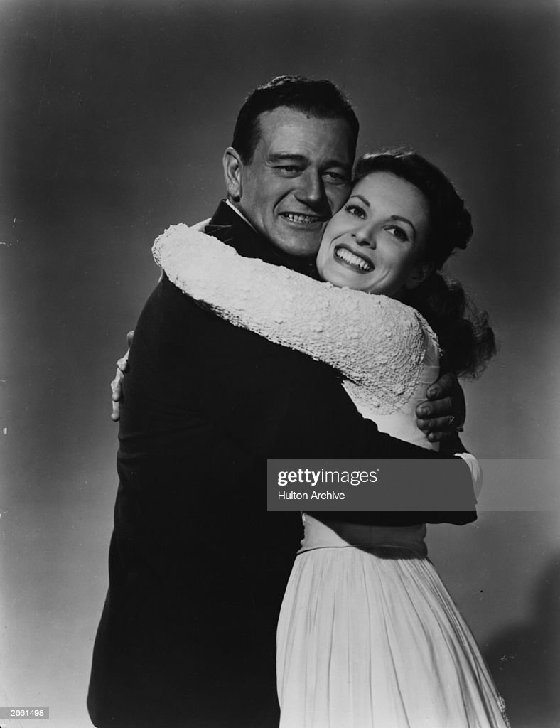 Irish actress <a gi-track='captionPersonalityLinkClicked' href=/galleries/search?phrase=Maureen+O%27Hara&family=editorial&specificpeople=217226 ng-click='$event.stopPropagation()'>Maureen O'Hara</a> with <a gi-track='captionPersonalityLinkClicked' href=/galleries/search?phrase=John+Wayne&family=editorial&specificpeople=69997 ng-click='$event.stopPropagation()'>John Wayne</a> in a publicity still for 'The Quiet Man'. Original Publication: People Disc - HH0390