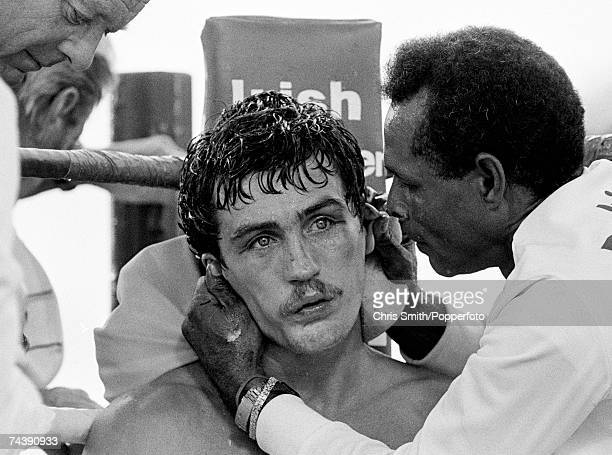 Irish featherweight boxer Barry McGuigan with his trainer between rounds during his world featherweight fight against Steve Cruz Las Vegas 23rd June...