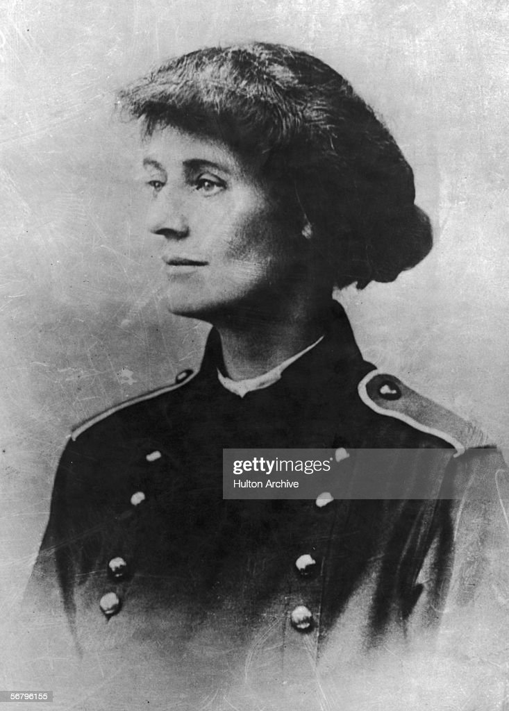 Irish Nationalist Countess Constance Georgine Markiewicz circa 1890 The first British female MP she was elected as a member of Sinn Fein but refused...