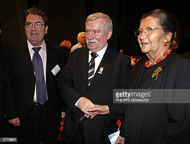 Irish Nobel Peace winner Jonathan Hume former Polish President and Nobel Peace Prize Laureate Lech Walesa and former French Health Minister Simone...