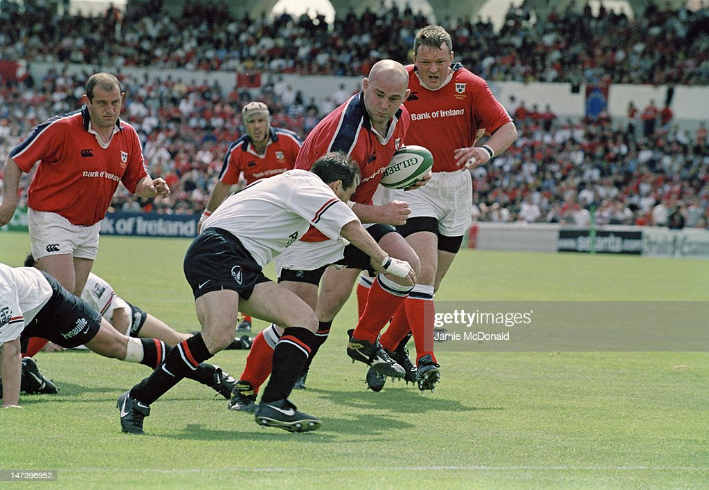 Irish rugby union player John Hayes of Munster during a Heineken Cup semifinal match against Toulouse at the Stade du Parc Lescure in Bordeaux France...