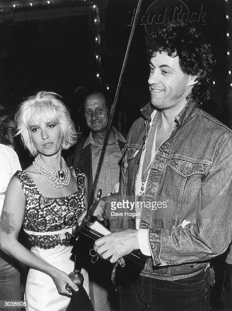Irish singer Bob Geldof with his wife Paula Yates circa 1986