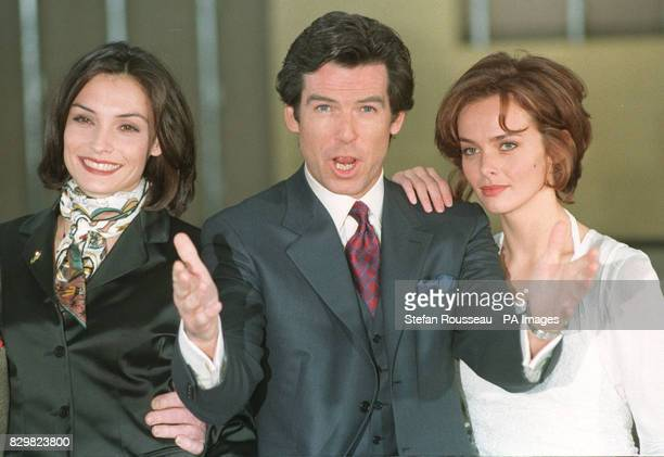 PAP 7 22195 LEAVESDEN Irishborn actor Pierce Brosnan who is to play the legendary Commander James Bond of the British Secret Service in the new film...