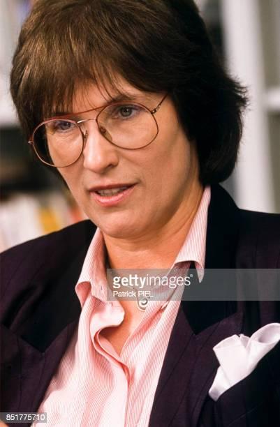Irmgard AdamSchwaetzer femme politique en avril 1992 Allemagne