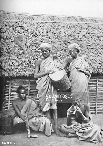Irula men India 1902 From The Living Races of Mankind Vol I [Hutchinson Co London 1902] Artist Unknown