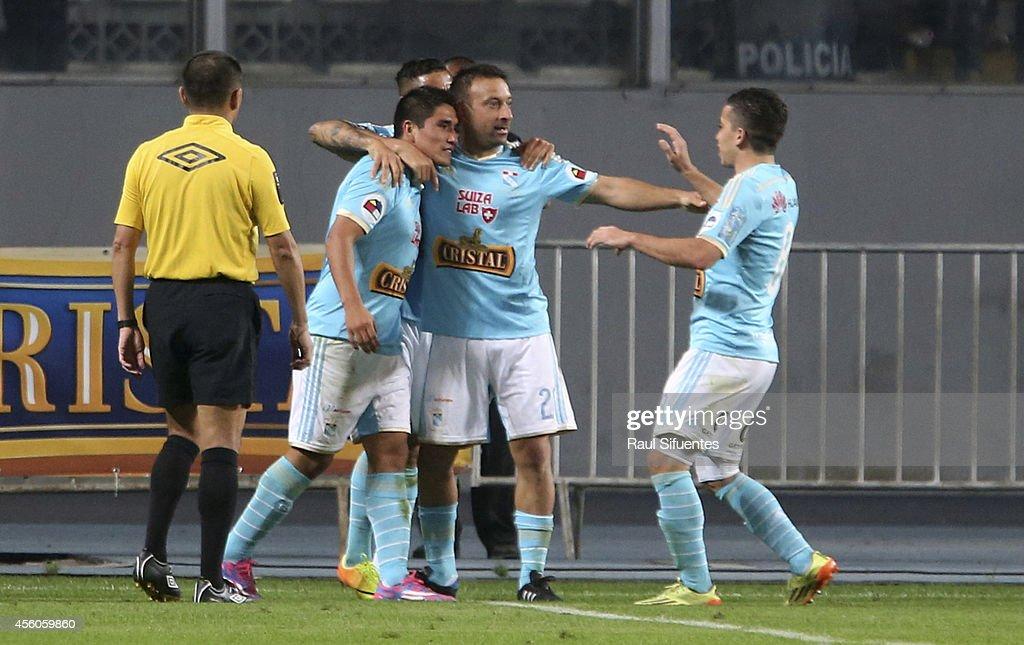 Sporting Cristal v Universitario - Torneo Clausura 2014