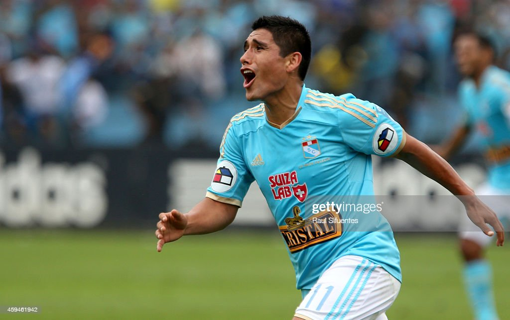Irven Avila of Sporting Cristal celebrates after scoring the first goal of his team against Union Comercio during a match between Sporting Cristal and Union Comercio as part of round 14 of Torneo Clausura 2014 at Alberto Gallardo Stadium on November 23, 2014 in Lima, Peru.
