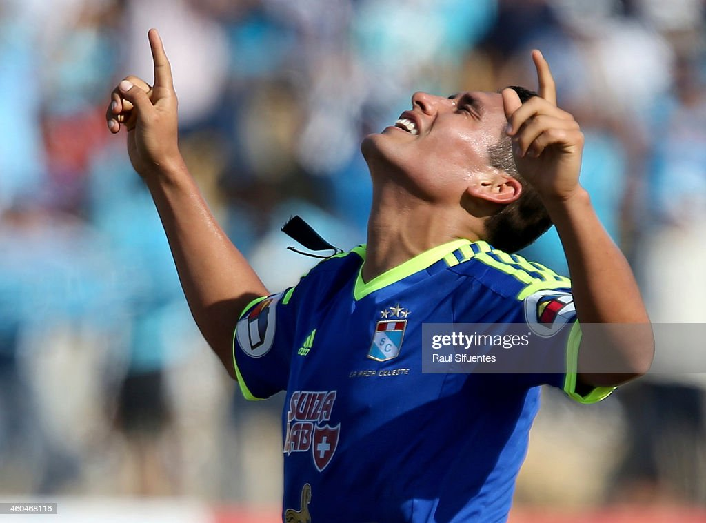 Irven Avila of Sporting Cristal celebrates after scoring the opening goal during a final first leg match between Juan Aurich and Sporting Cristal as part of Torneo Clausura 2014 at Elias Aguirre Stadium Stadium on December 14, 2014 in Chiclayo, Peru.