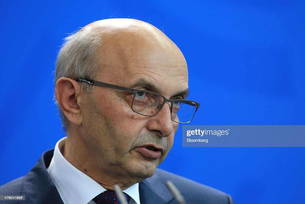 <b>Isa Mustafa</b>, Kosovo&#39;s prime minister, speaks during a news conference at the ... - isa-mustafa-kosovos-prime-minister-speaks-during-a-news-conference-at-picture-id479041896