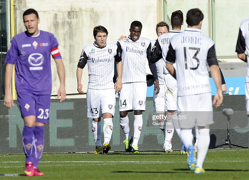 Isaac Cofie of AC Chievo Verona (C) celebrates with hs team-mates after scoring the opening goal during the Serie A match between ACF Fiorentina and AC Chievo Verona at Stadio Artemio Franchi on March 3, 2013 in Florence, Italy.