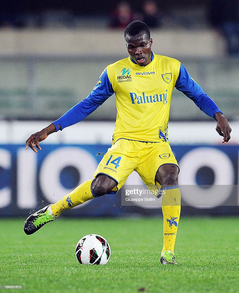 Isaac Cofie of Chievo in acton during the Serie A match between AC Chievo Verona and AC Milan at Stadio Marc'Antonio Bentegodi on March 30, 2013 in Verona, Italy.