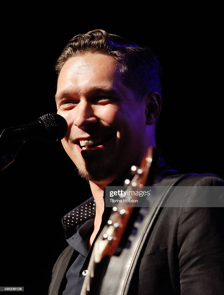 Isaac Hanson of Hanson performs at The Fonda Theatre on November 1, 2015 in Los Angeles, California.