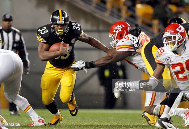 Isaac Redman of the Pittsburgh Steelers carries the ball against the Kansas City Chiefs during the game on November 12 2012 at Heinz Field in...
