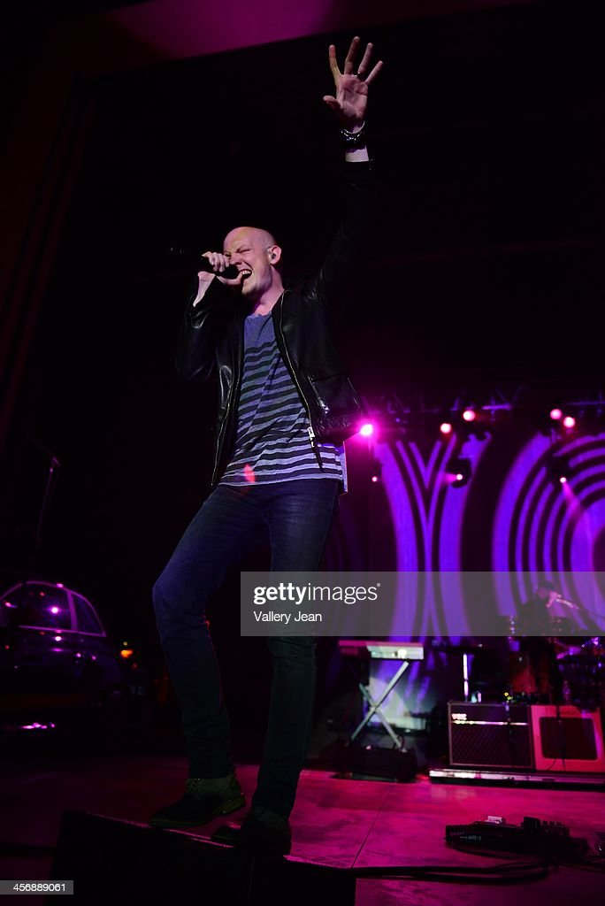Isaac Slade of the Fray performs in the 7th Annual No Snow Ball concert presented by 97.9 WRMF and Sunny 107.9 at Mizner Park Amphitheatre on December 14, 2013 in Boca Raton, Florida.