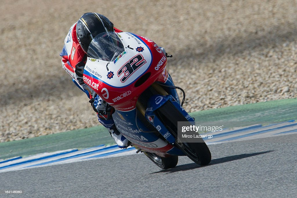 <a gi-track='captionPersonalityLinkClicked' href=/galleries/search?phrase=Isaac+Vinales&family=editorial&specificpeople=6925717 ng-click='$event.stopPropagation()'>Isaac Vinales</a> of Spain and Bimbo Ongetta Centro Seta heads down a straight during the Moto2 and Moto3 Tests In Jerez - Day 3 at Circuito de Jerez on March 20, 2013 in Jerez de la Frontera, Spain.