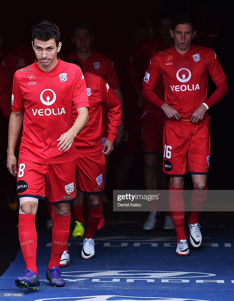 Isaas Snchez of United walks out onto the field prior to the 2015/16 A-League Grand Final match between Adelaide United and the Western Sydney Wanderers at Adelaide Oval on May 1, 2016 in Adelaide, Australia.