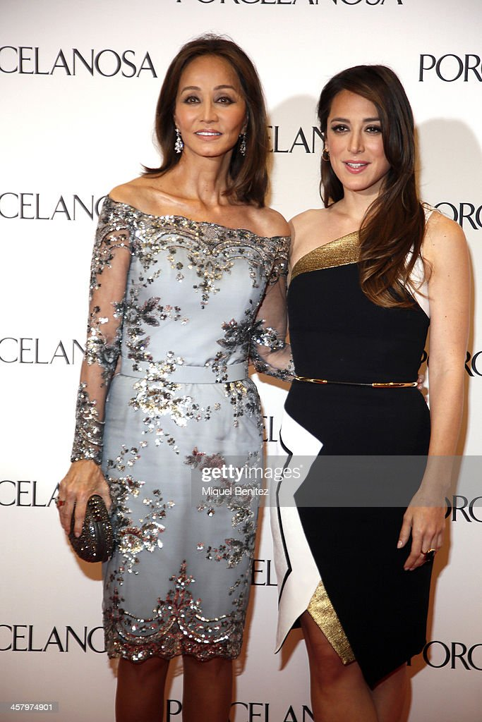 <a gi-track='captionPersonalityLinkClicked' href=/galleries/search?phrase=Isabel+Preysler&family=editorial&specificpeople=228933 ng-click='$event.stopPropagation()'>Isabel Preysler</a> and her daughter <a gi-track='captionPersonalityLinkClicked' href=/galleries/search?phrase=Tamara+Falco&family=editorial&specificpeople=2342427 ng-click='$event.stopPropagation()'>Tamara Falco</a> attend the Re Opening of a Porcelanosa store on December 19, 2013 in L'Hospitalet, Barcelona, Spain.