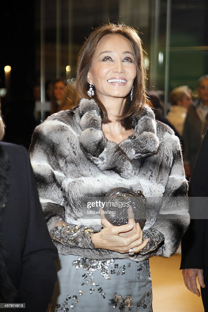 <a gi-track='captionPersonalityLinkClicked' href=/galleries/search?phrase=Isabel+Preysler&family=editorial&specificpeople=228933 ng-click='$event.stopPropagation()'>Isabel Preysler</a> attends the Re Opening of a Porcelanosa store on December 19, 2013 in L'Hospitalet, Barcelona, Spain. on December 19, 2013 in Barcelona, Spain.