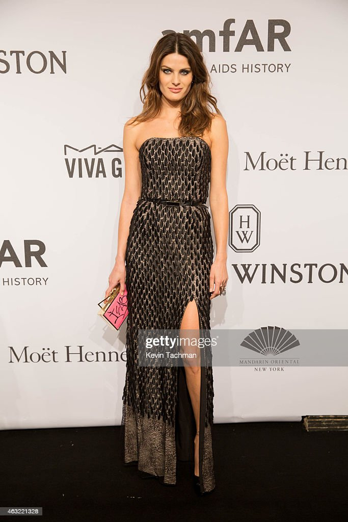 <a gi-track='captionPersonalityLinkClicked' href=/galleries/search?phrase=Isabeli+Fontana&family=editorial&specificpeople=220508 ng-click='$event.stopPropagation()'>Isabeli Fontana</a> attends the 2015 amfAR New York Gala at Cipriani Wall Street on February 11, 2015 in New York City.