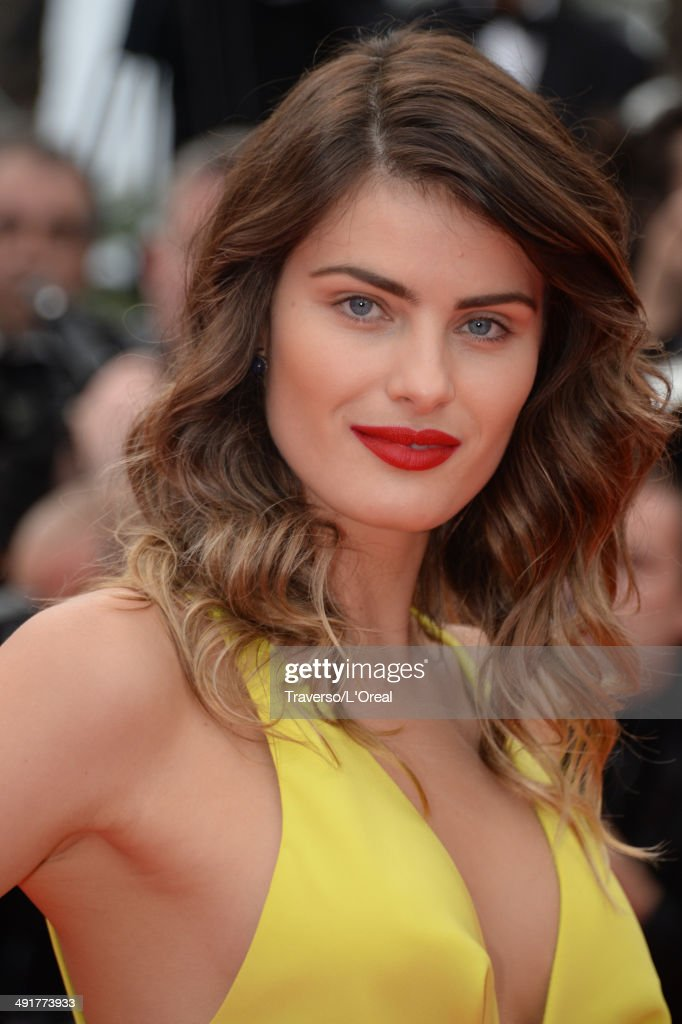 <a gi-track='captionPersonalityLinkClicked' href=/galleries/search?phrase=Isabeli+Fontana&family=editorial&specificpeople=220508 ng-click='$event.stopPropagation()'>Isabeli Fontana</a> attends the 'Saint Laurent' premiere during the 67th Annual Cannes Film Festival on May 17, 2014 in Cannes, France.