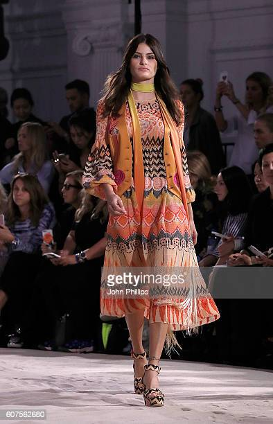 Isabeli Fontana walks the runway at the Temperley London show during London Fashion Week Spring/Summer collections 2017 on September 18 2016 in...