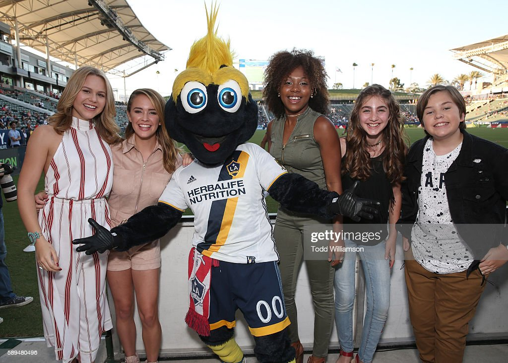 Isabella Acres Sixx Orange LA Galaxy's Cosmo Emyri Crutchfield Sophia Mitri Schloss and Gabe Eggerling attend the Premiere Of 'The Kicks' celebrated...
