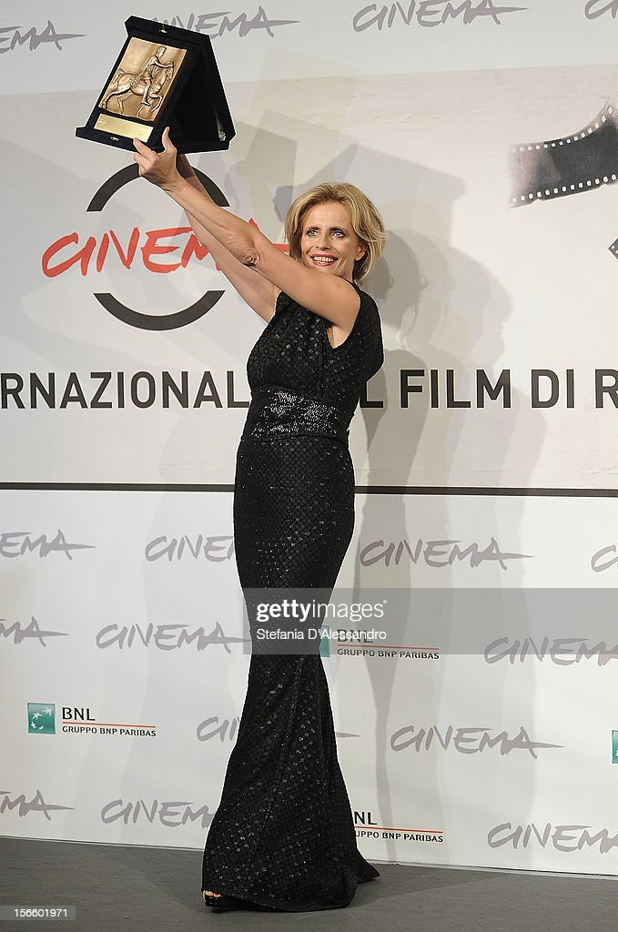 Isabella Ferrari attends Award Winners Photocall on November 17, 2012 in Rome, Italy.