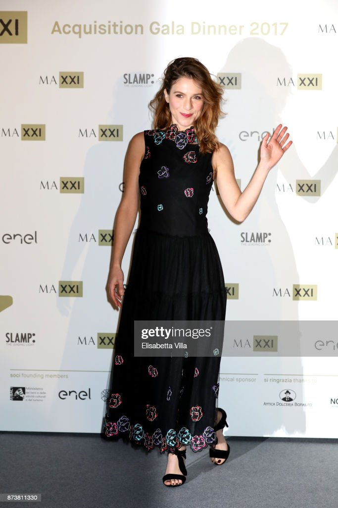 Isabella Ragonese attends MAXXI Acquisition Gala Dinner 2017 at Maxxi on November 13, 2017 in Rome, Italy.