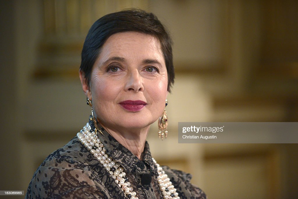 <a gi-track='captionPersonalityLinkClicked' href=/galleries/search?phrase=Isabella+Rossellini&family=editorial&specificpeople=209153 ng-click='$event.stopPropagation()'>Isabella Rossellini</a> attends Book Presentation of 'Ingrid Bermann - Ein Leben in Bildern' at museum for 'Kunst und Gewerbe' on October 4, 2013 in Hamburg, Germany.