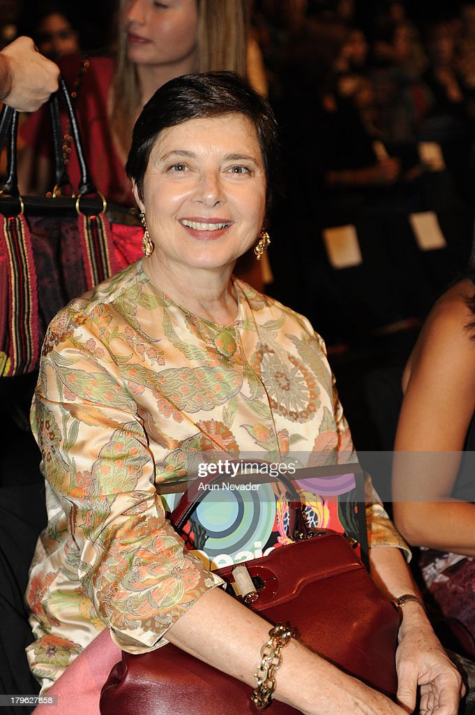 <a gi-track='captionPersonalityLinkClicked' href=/galleries/search?phrase=Isabella+Rossellini&family=editorial&specificpeople=209153 ng-click='$event.stopPropagation()'>Isabella Rossellini</a> attends the Desigual show during Mercedes-Benz Fashion Week Spring 2014 at The Theatre at Lincoln Center on September 5, 2013 in New York City.