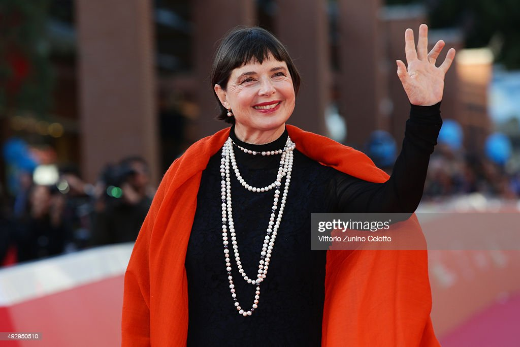 <a gi-track='captionPersonalityLinkClicked' href=/galleries/search?phrase=Isabella+Rossellini&family=editorial&specificpeople=209153 ng-click='$event.stopPropagation()'>Isabella Rossellini</a> walks the red carpet during the 10th Rome Film Fest at Auditorium Parco Della Musica on October 16, 2015 in Rome, Italy.