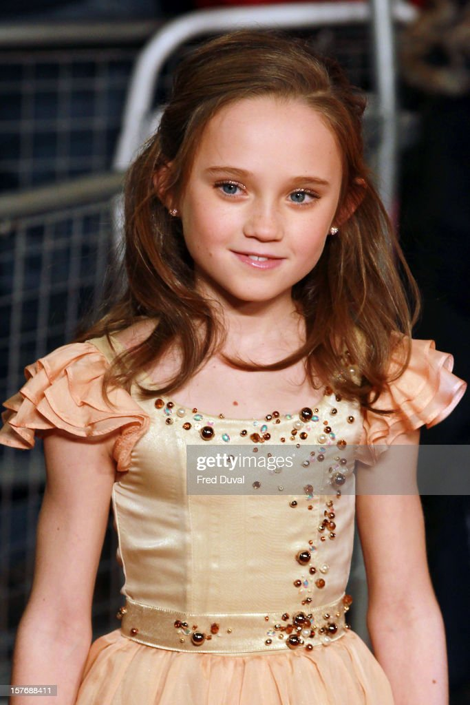 Isabelle Allen attends the World Premiere of 'Les Miserables' at Odeon Leicester Square on December 5, 2012 in London, England.
