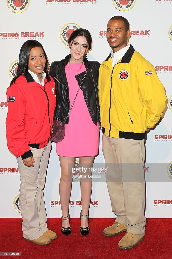 Isabelle Fuhrman (C) and City Year Los Angeles AmeriCorps members attend the City Year Los Angeles' Spring Break: Destination Education at Sony Pictures Studios on April 20, 2013 in Culver City, California.