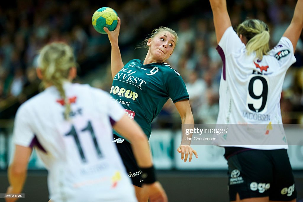 Isabelle Gulldén of Viborg HK in action during the Danish Handball Liga match between Viborg HK and FC Midtjylland in Viborg Stadionhal on September 27, 2014 in Viborg, Denmark.
