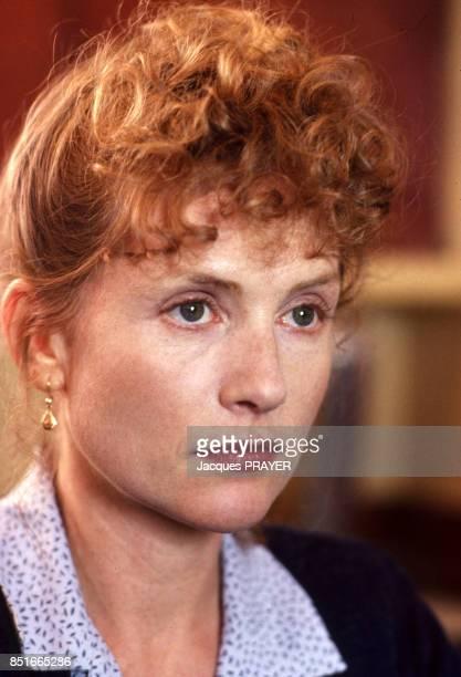 Isabelle Huppert sur le tournage du film 'Une affaire de femmes' réalisé par Claude Chabrol le 23 avril 1998 France
