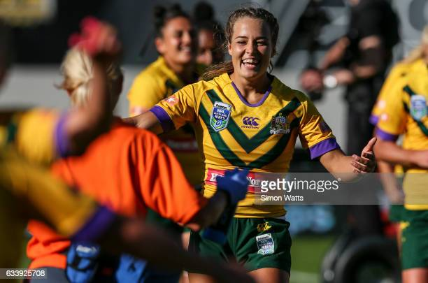 Isabelle Kelly of the Jillaroos celebrates victory after the 2017 Auckland Nines match between the Australian Jillaroos and the Kiwi Ferns at Eden...