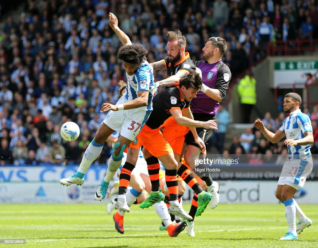 Huddersfield Town v Sheffield Wednesday - Sky Bet Championship Play Off Semi Final: First Leg