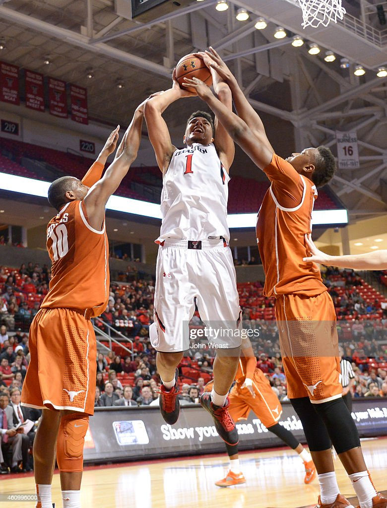 Isaiah Manderson of the Texas Tech Red Raiders shoots the ball during the game against the Texas Tech Red Raiders on January 3 2015 at United...