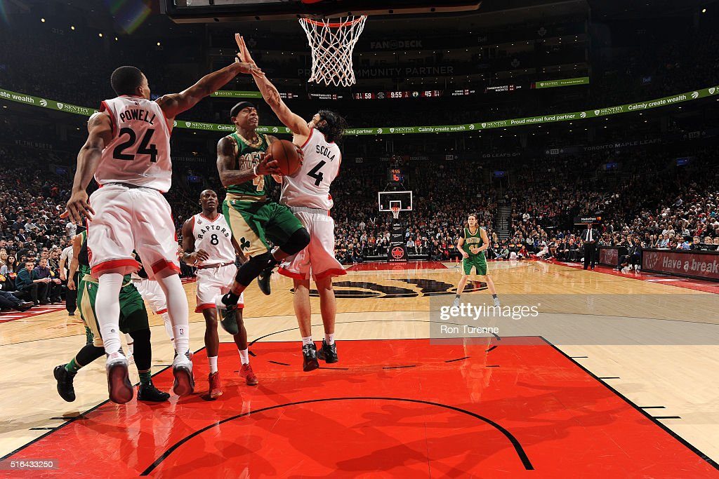 Isaiah Thomas #4 of the Boston Celtics goes for the layup during the game against the Toronto Raptors on March 18, 2016 at the Air Canada Centre in Toronto, Ontario, Canada.