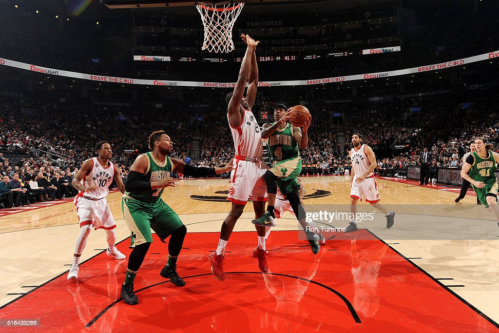 Isaiah Thomas #4 of the Boston Celtics goes for the layup during the game ;against the Toronto Raptors on March 18, 2016 at the Air Canada Centre in Toronto, Ontario, Canada.