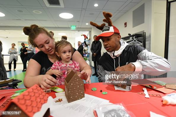 Isaiah Thomas of the Boston Celtics spreads holiday cheer duing a children's hospital visit on December 1 2016 at Boston Children's Hospital in...