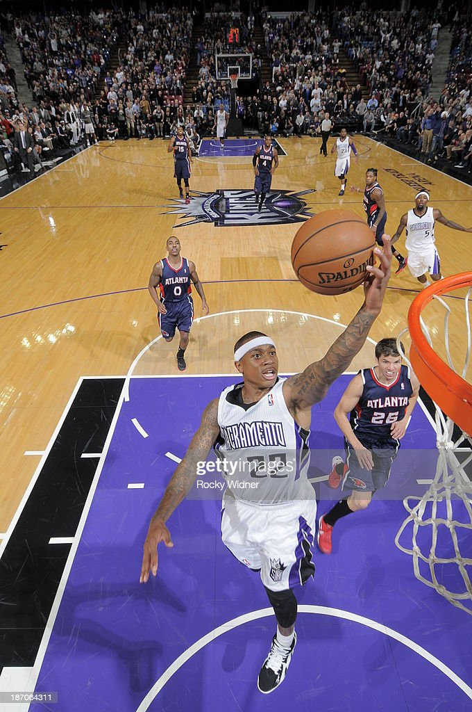 Isaiah Thomas #22 of the Sacramento Kings shoots against the Atlanta Hawks at Sleep Train Arena on November 5, 2013 in Sacramento, California.