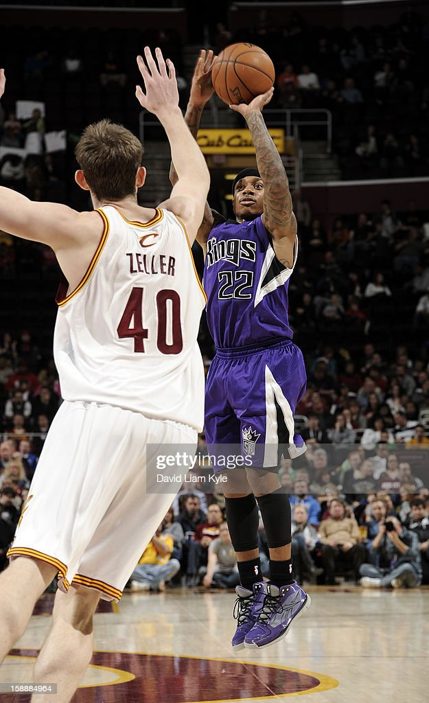 Isaiah Thomas #22 of the Sacramento Kings shoots against Tyler Zeller #40 of the Cleveland Cavaliers at The Quicken Loans Arena on January 2, 2013 in Cleveland, Ohio.