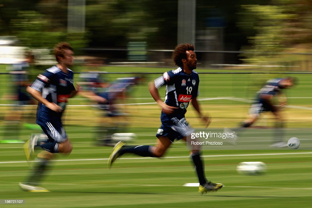 Isaka Cernak runs with the ball during a Melbourne Victory A-League training session at Gosch's Paddock on November 20, 2012 in Melbourne, Australia.