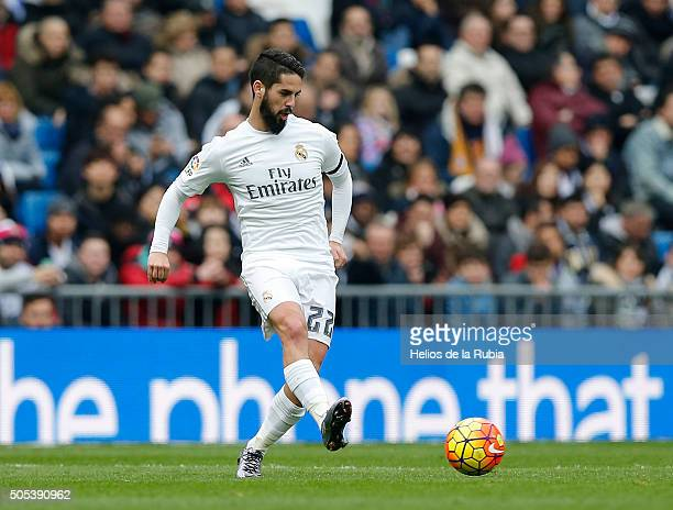 Isco Alarcon of Real Madrid in action during the La Liga match between Real Madrid CF and Real Sporting Gijon at Estadio Santiago Bernabeu on January...