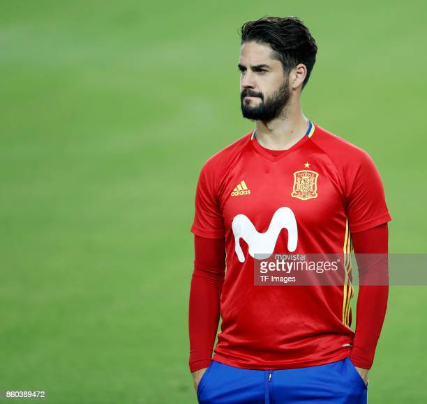 Isco Alarcon of Spain attends a training session on October 8 2017 in Jerusalem Israel