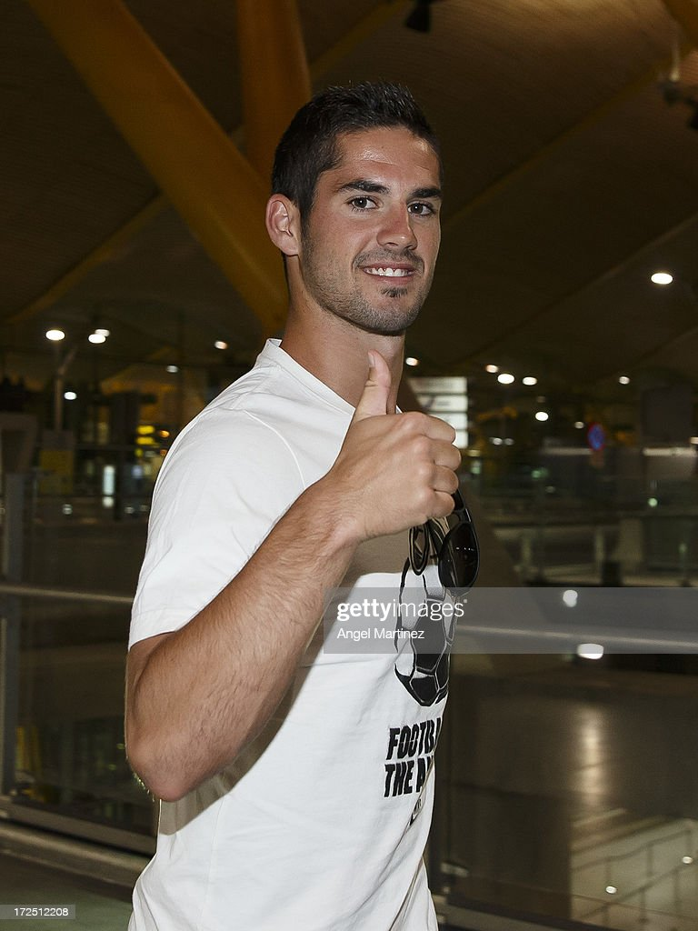 <a gi-track='captionPersonalityLinkClicked' href=/galleries/search?phrase=Isco&family=editorial&specificpeople=5848609 ng-click='$event.stopPropagation()'>Isco</a> arrives to Madrid to sign as a new Real Madrid player at Barajas airport on July 2, 2013 in Madrid, Spain.